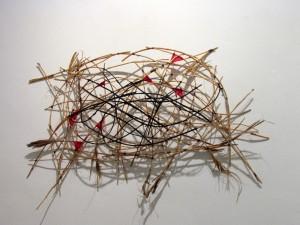 Wind, 2015, 65x85x15 cm, Strandhafer, Garn, Acrylfarbe